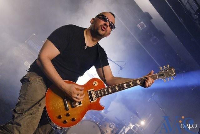 Denis Baruta, professeur de guitare à l'A.V.A.C.